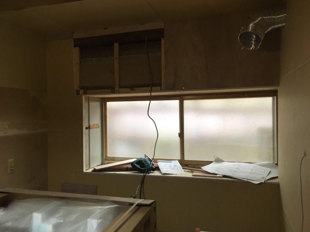 築45年!伊勢崎市で浴室・キッチン改修前の床の補強工事! – ミヤケンリフォーム