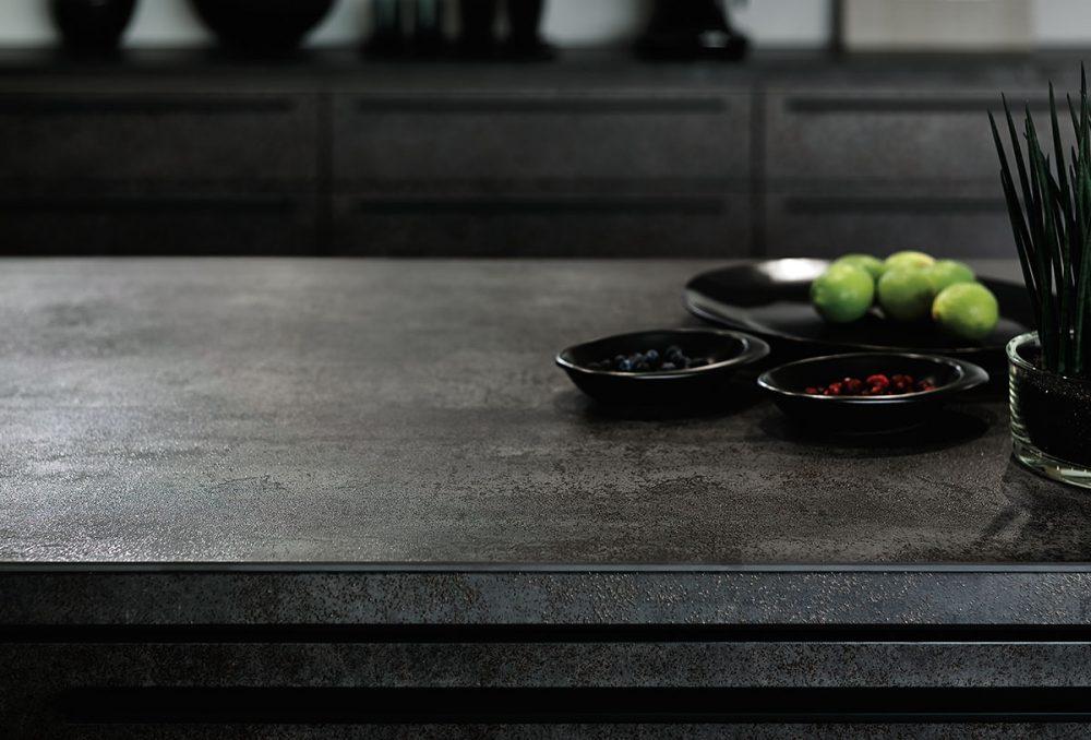LIXILキッチン高級ラインの魅力的なリシェルSI  – ミヤケンリフォーム