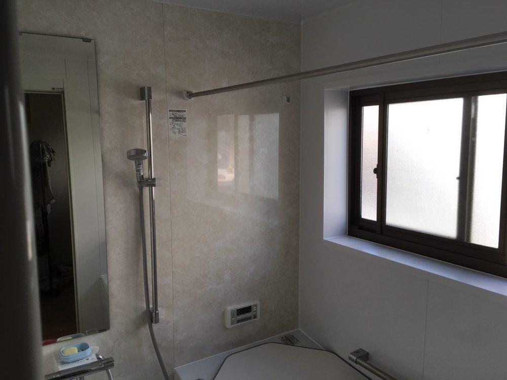 前橋市でTOTOサザナとクリナップのラクエラの浴室台所リフォーム完了! – ミヤケンリフォーム