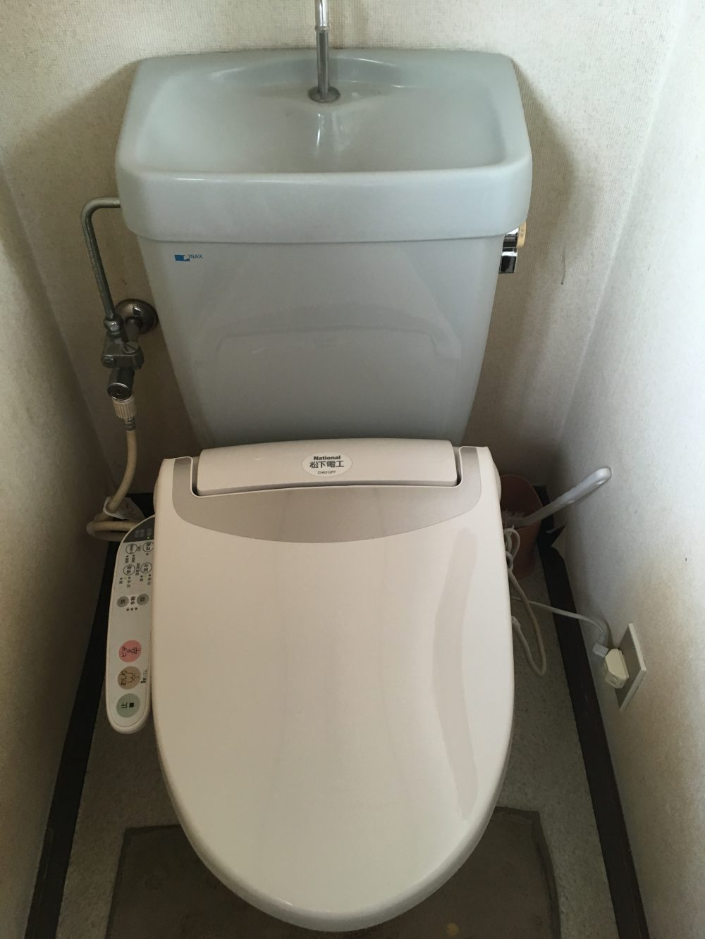トイレLIXILアメージュZと洗面台LIXILオフトに交換しました – ミヤケンリフォーム