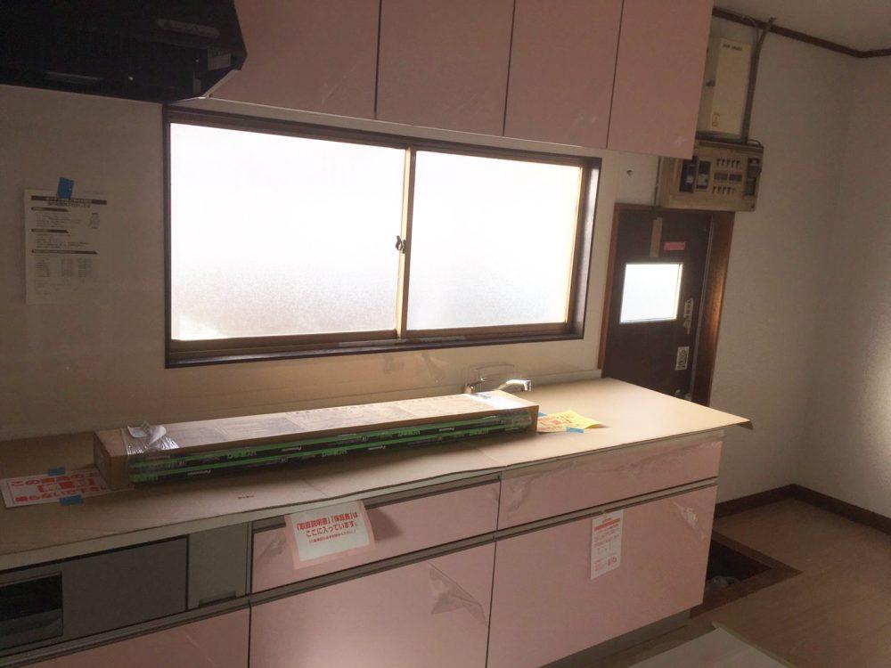 前橋市でトクラスのシステムキッチンのリフォーム工事完了しました