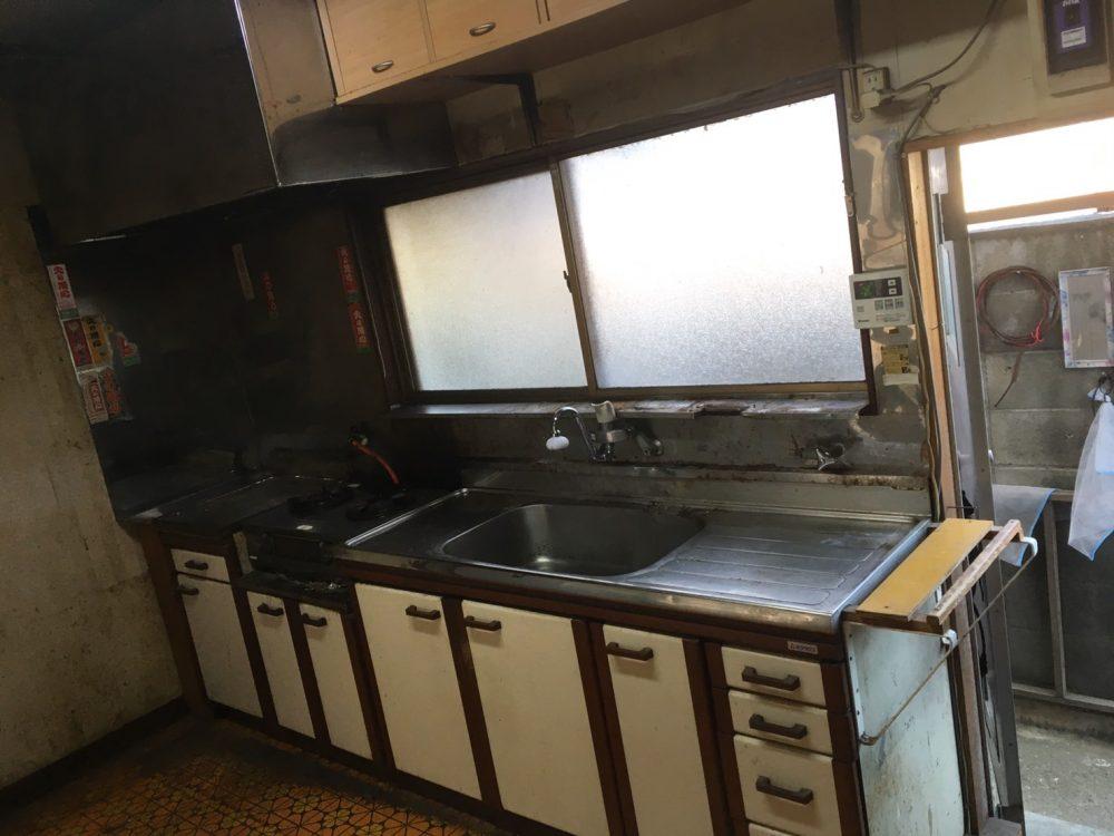 前橋市でトクラスのシステムキッチンのリフォーム工事完了しました – ミヤケンリフォーム