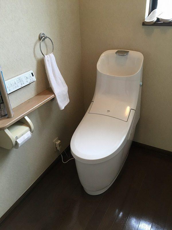 館林市にてトイレ工事が完了いたしました!(LIXILプレアスHS) – ミヤケンリフォーム