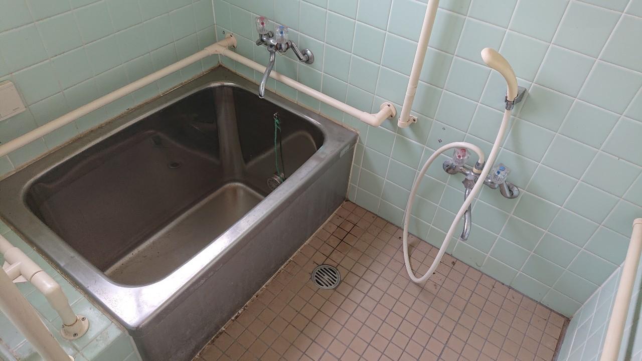 前橋市にてタイルの浴室の現場調査に行ってきました。