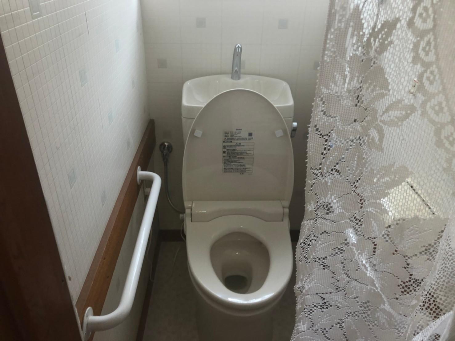 前橋市顧客様のお家にてトイレの交換工事が完了しました。